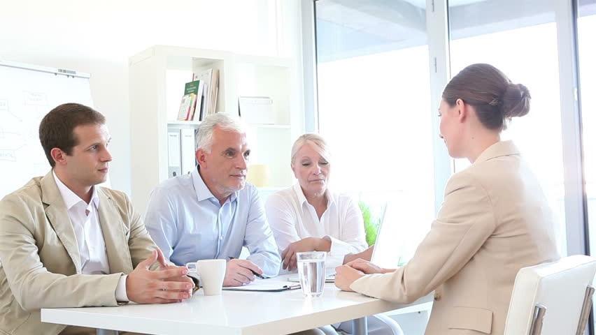 Các cách xác định nhân viên không phù hợp công ty